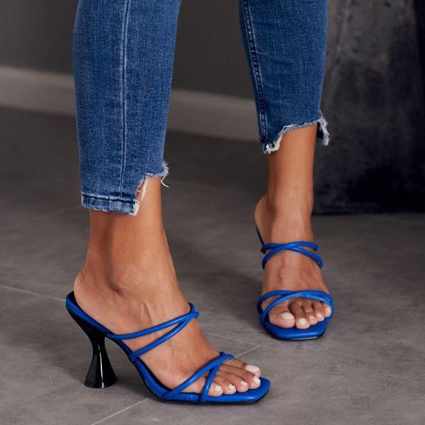 blaue tolle sandalen für die damen schöne sandalen