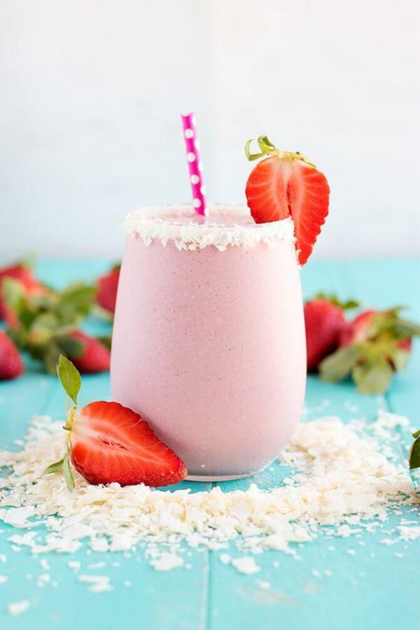 kokos erdbeer abnehm shake vegan