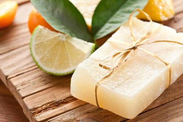 naturkosmetik festes shampoo selber machen mit limette
