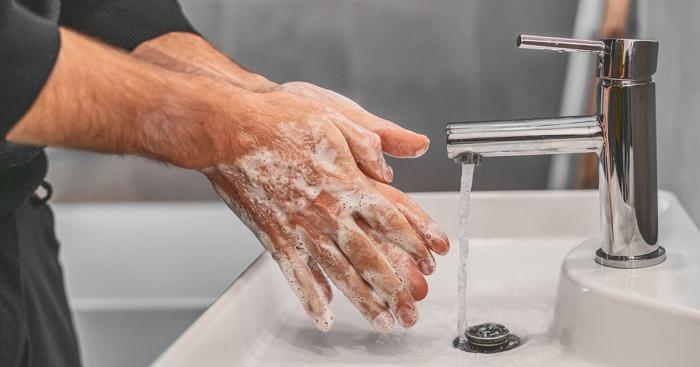 vor Coronavirus schützen Hände gründlich waschen für eine gute Handhygiene sorgen