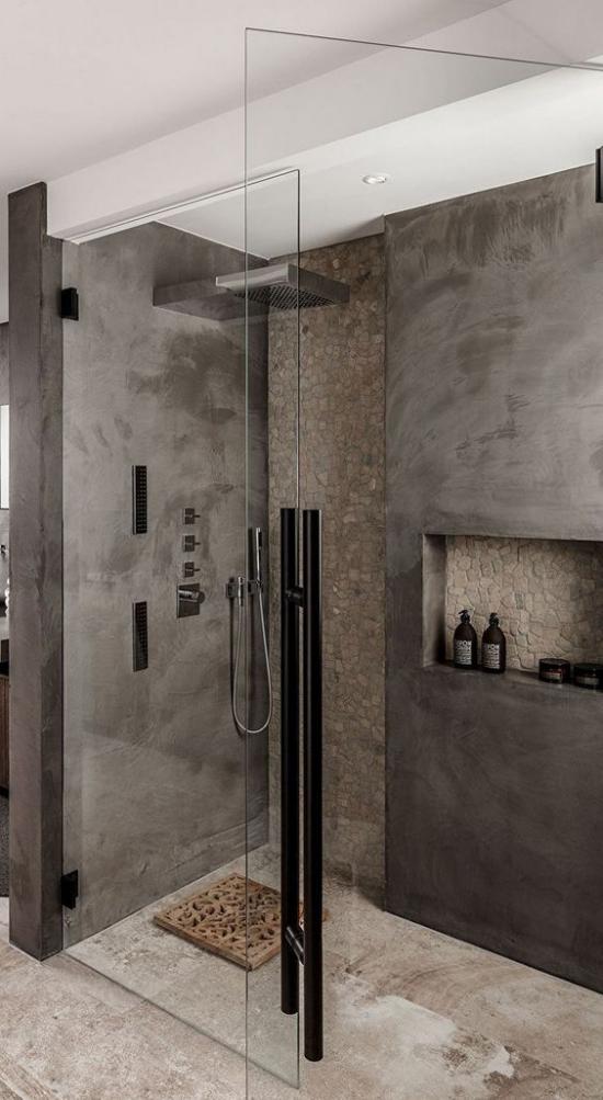 Baddesigns in Grau modernes Bad warmes Grau Duschecke Glaswand Regendusche