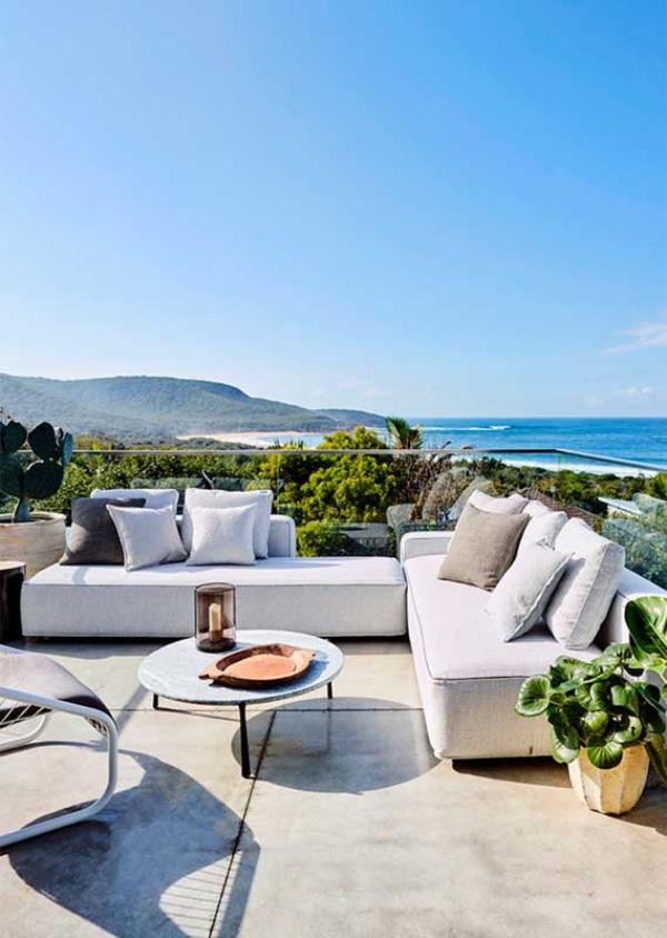 Balkon-Sofa - Meeresaussichten - schöne Ideen