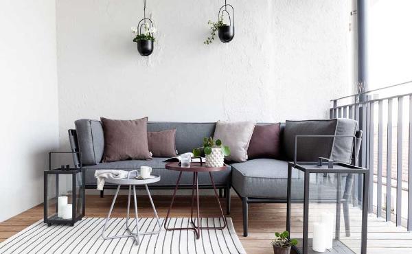 Balkon-Sofa - sehr schöne Möbel