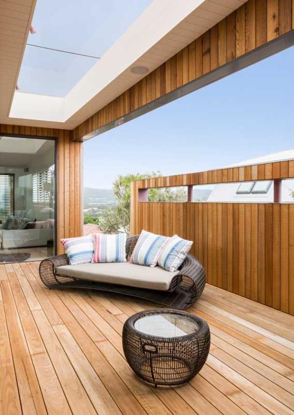 Balkon-Sofa - skandinavische Deko Ideen