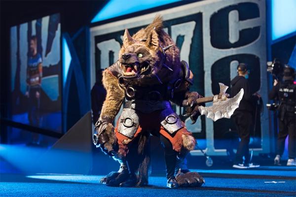 BlizzCon 2020 von Blizzard wird aufgrund des Coronavirus abgesagt cosplay wettbewerb kostüm gewinner
