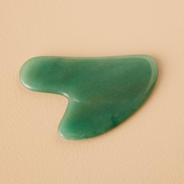 Gua Sha Massage - ein wunderschöner Stein - tolle Ideen