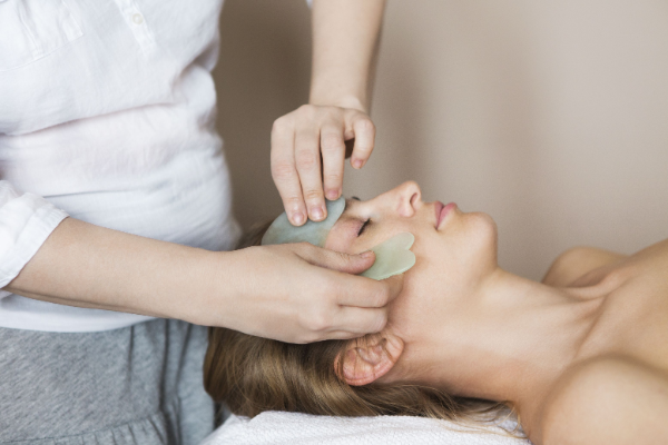 Gua Sha Massage sanfte Massage Technik