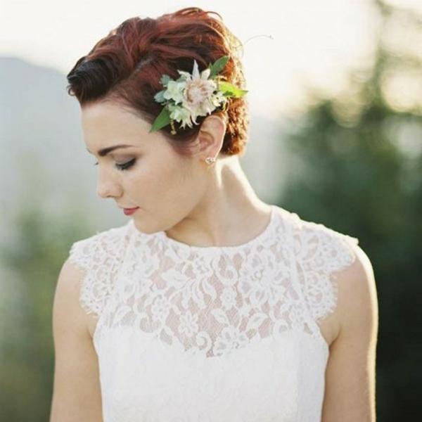 Hochzeitsfrisuren mit Blumen Kurzhaarfrisuren