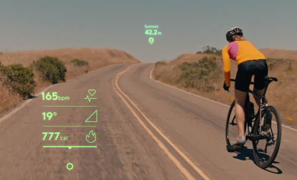 Mojo Vision arbeitet an ersten AR Kontaktlinsen alltag mit intelligenten linsen fahrrad fahren