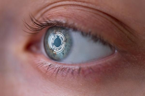 Mojo Vision arbeitet an ersten AR Kontaktlinsen intelligente Sehhilfen und computer