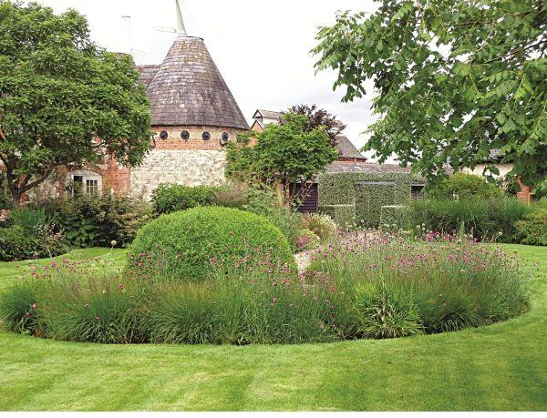 Naturgarten anlegen in einem Schloss