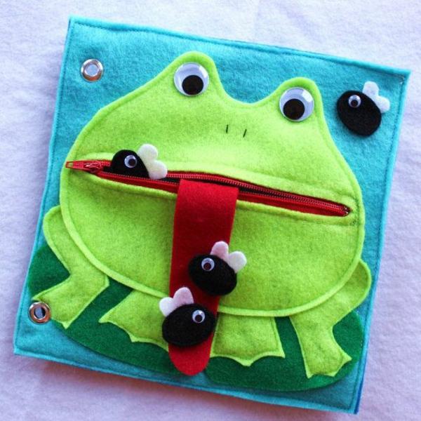 Quiet Book nähen Spielbuch stilles Buch Frosch Ideen