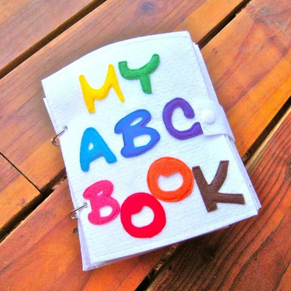 Quiet Book nähen Stoffbuch stilles Buch Ideen Alphabet lernen