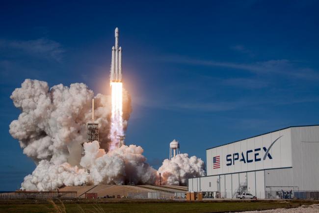 SpaceX Elon Musk Falcon-9-Rakete erster bemannter Flug zur ISS erfolgreiche Mission