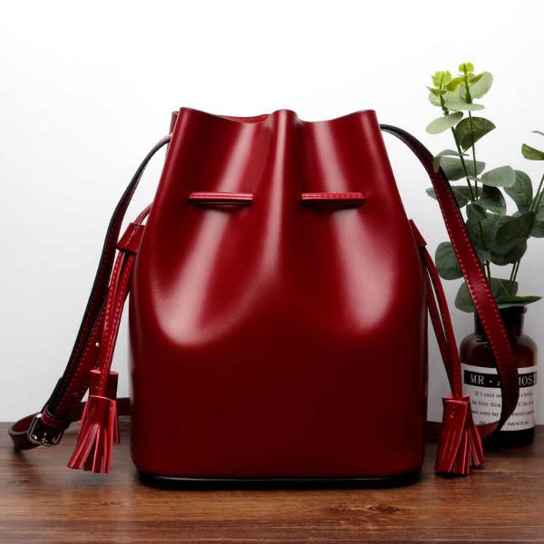 Super satt gefärbte Handtasche - Damentaschen