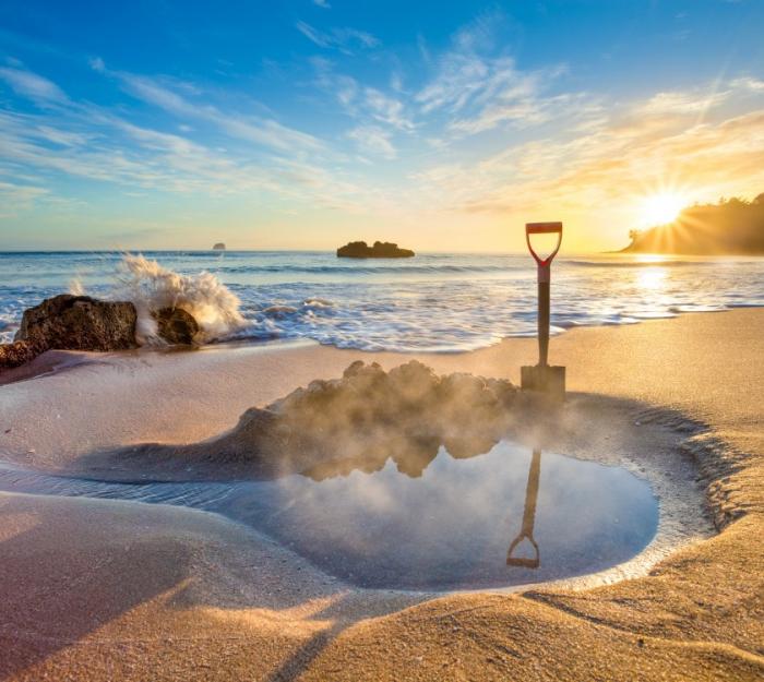 Top 5 der schönsten Strände der Welt Hot Water Beach Neuseeland ein Naturphänomen