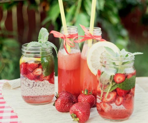 erdbeersaison sommergetränke zubereiten