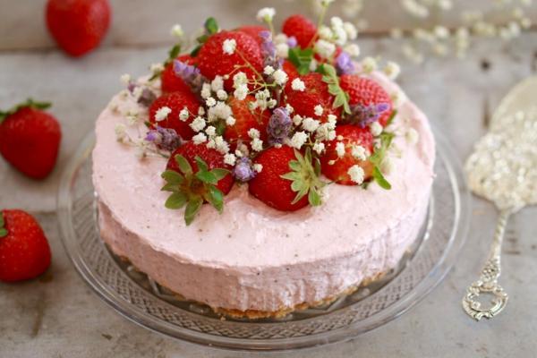 erdbeertorte rezept erdbeersaison