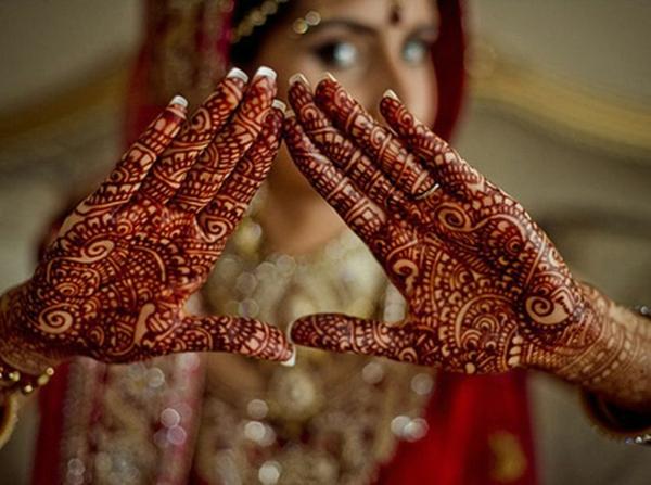 indische Hochzeit Mehndi Henna Muster Hände