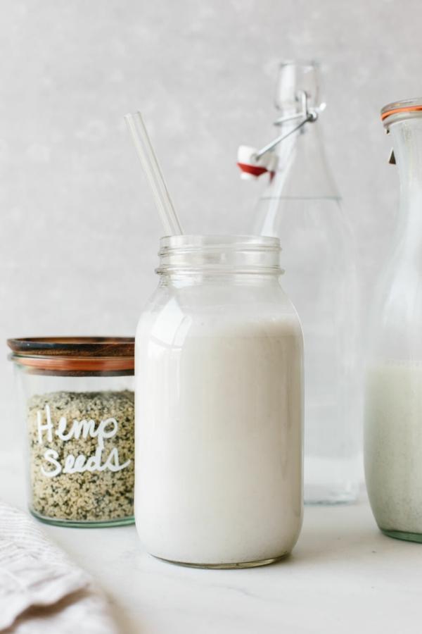 Alternativen zu Kuhmilch Milchalternativen Hanfmilch