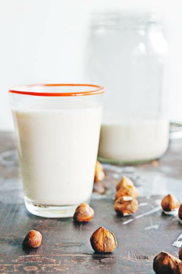 Alternativen zu Kuhmilch Milchalternativen Haselnussmilch