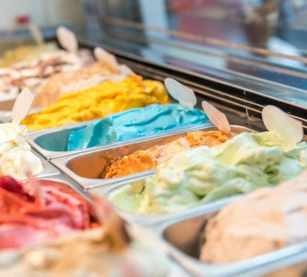 Ausgefallene Eissorten verrückte Eiscreme Geschmacksrichtungen