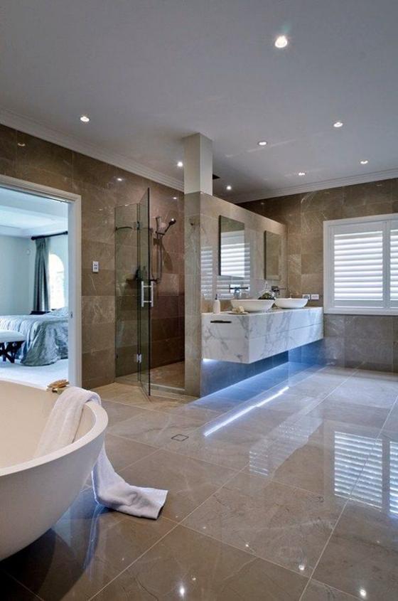 Braun modernes Badezimmer