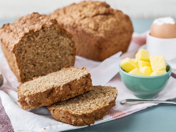 Brot mit Butteer - gesunde Ideen - Vollkorn