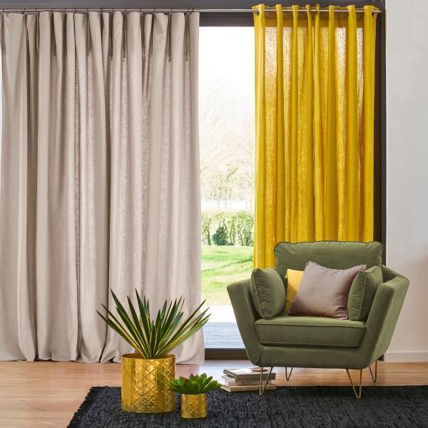 Gardinen Trends - weiße, graue und gelbe Gardinen