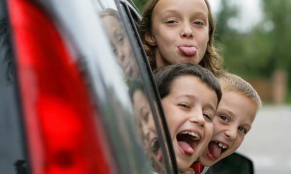 Kurztrip mit Kind So gelingt Ihnen das Autoreisen mit Kindern