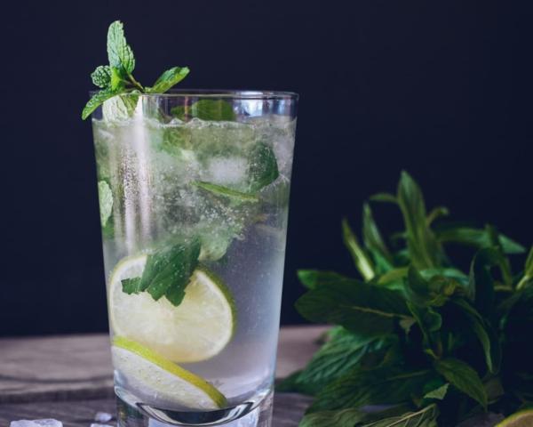 Mocktail Rezepte alkoholfreie Cocktails Rezepte Ingwer Limonenwasser