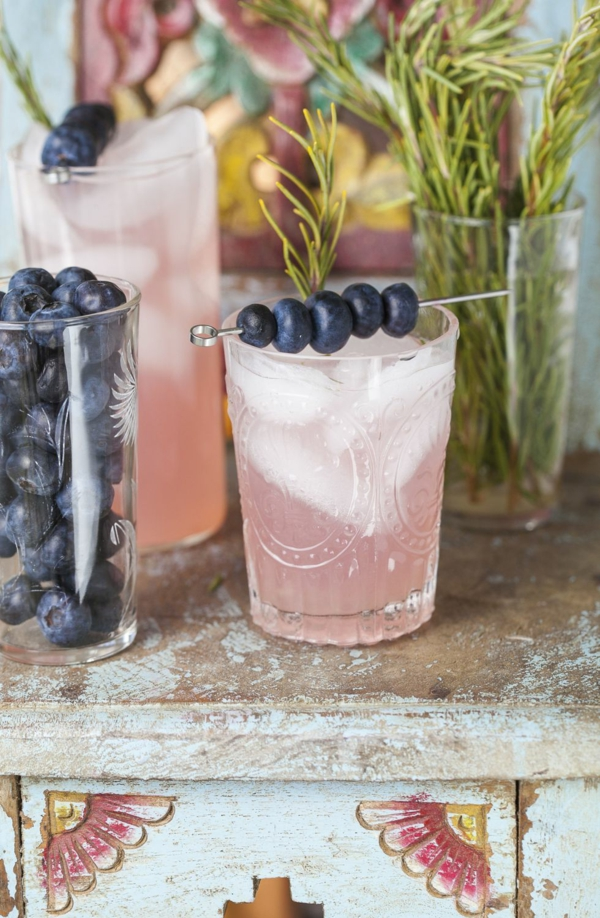 Mocktail Rezepte alkoholfreie Cocktails Rezepte Rosemary Blueberry Smash