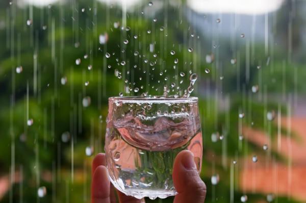 Regenwasser nutzen Glas Regentropfen
