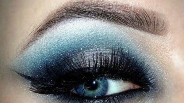 abend make up smokey eyes blaue augen schminken