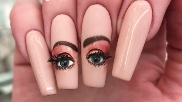 augen make up maniküre nageldesign ideen