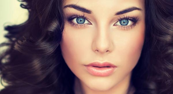 blaue augen schminken make up dezent