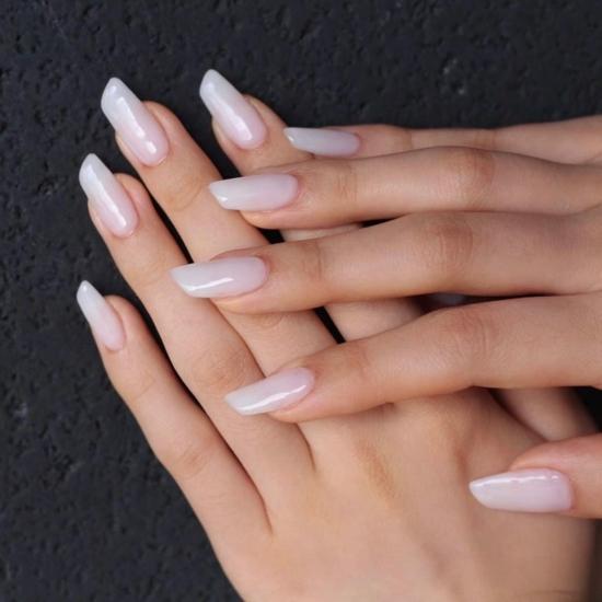 elegante lipstick nails nageltrends sommer