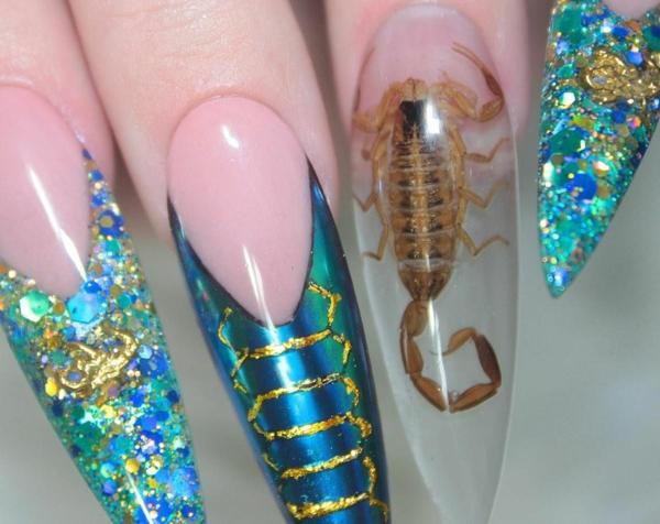 fantasievolle nageldesign ideen glitzer skorpion