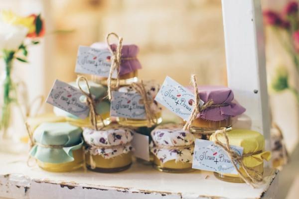 gastgeschenke hochzeit kreative süße geschenke honig im glas