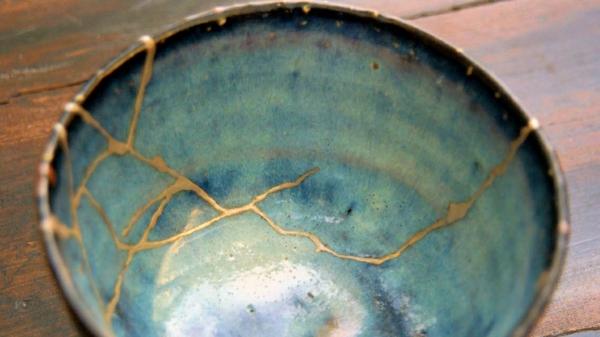 kintsugi gesprungene keramik reparieren