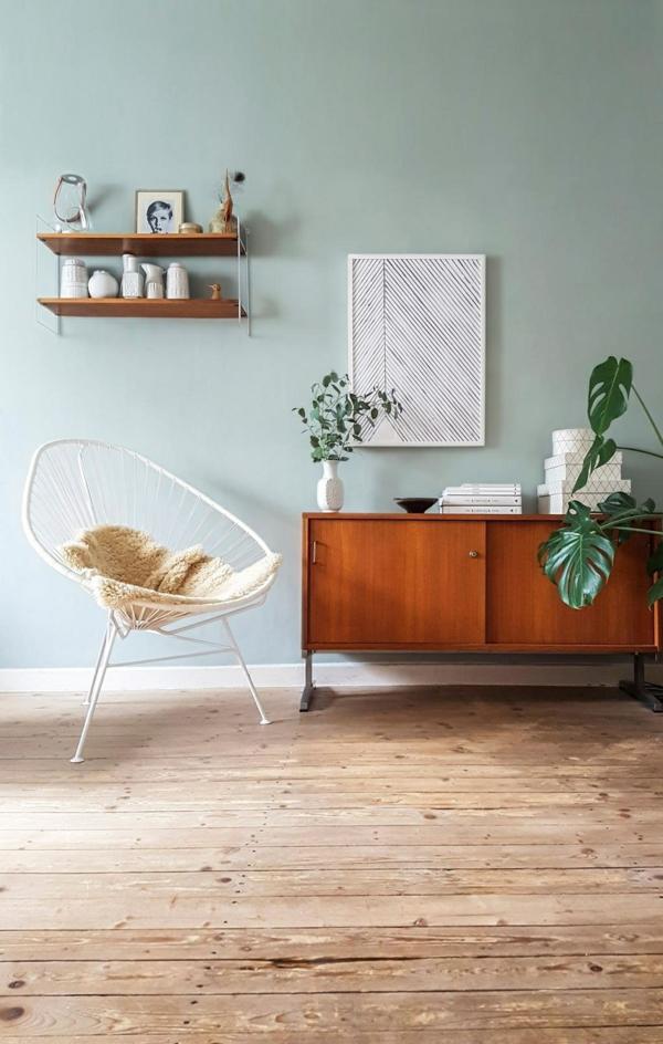 retro einrichtung wohnzimmer weißer acapulco stuhl