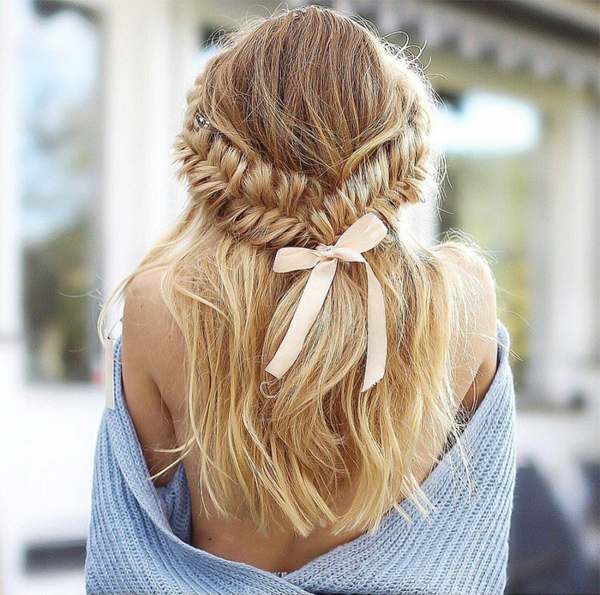 romantische fischgrätenzopf frisur lange haare