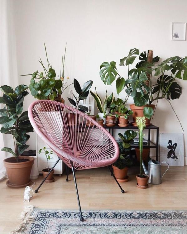 rosafarbener acapulco chair wohnzimmer