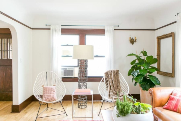 symmetrische einrichtungsidee wohnzimmer acapulco stühle