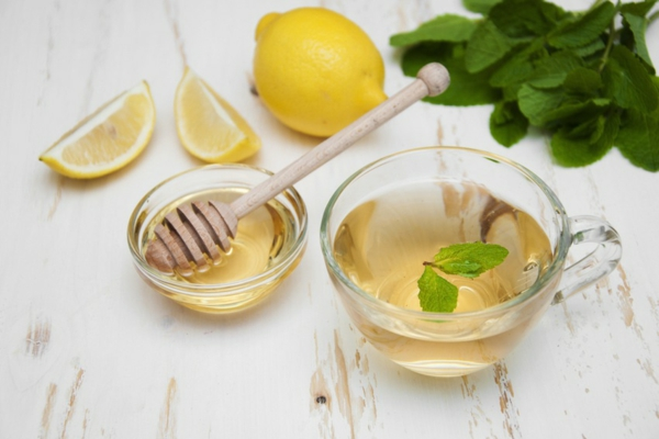 wasser honig zitrone hausmittel gegen verstopfung