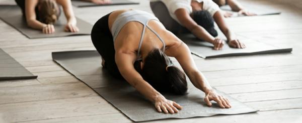 yoga hausmittel gegen verstopfung