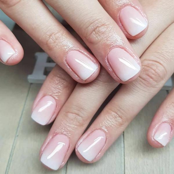 Babyboomer Nägel Design weiß rosa neuer Nageldesign Trend