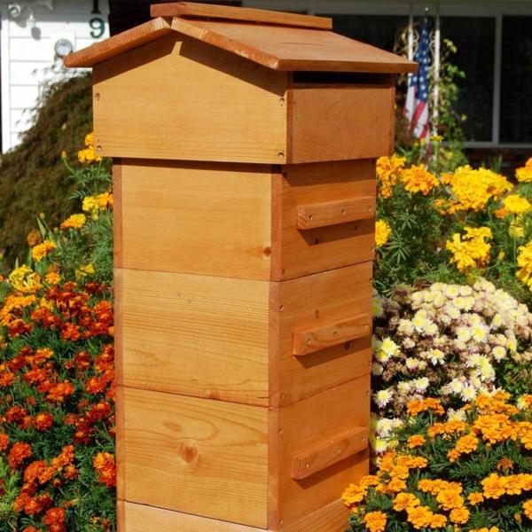 Bienenstock bauen Imker Bienenbeute selber bauen