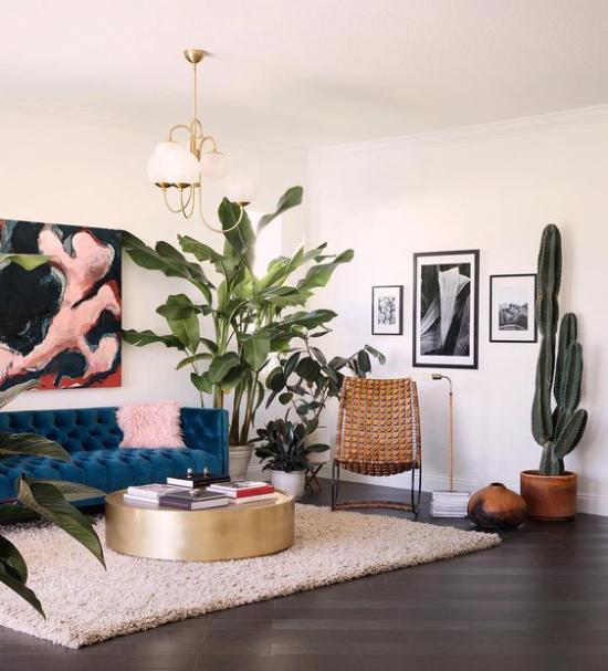 Dekoideen Wohnzimmer üppige grüne Topfpflanzen bringen mehr Exotik mit in den Raum