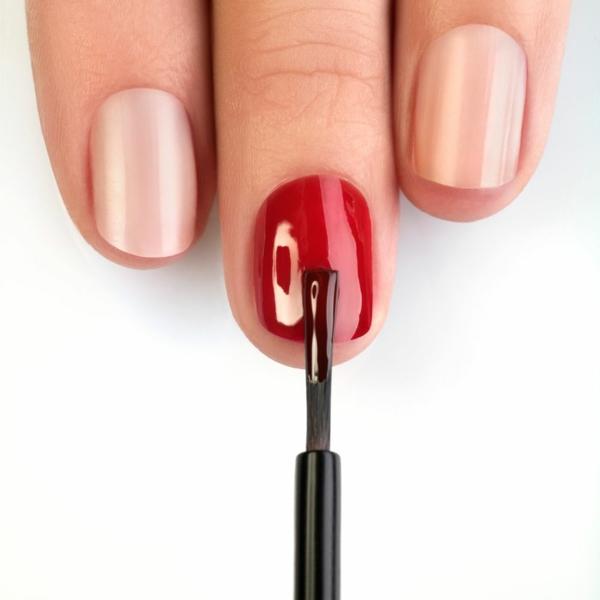 Fingernägel Nagelfarbe Tipps und Tricks Nägel richtig lackieren